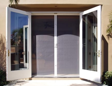 Ej 39 s home improvements inc 949 366 2006 for What is the best retractable screen door